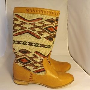 Shoes - Tribal Detail Boots